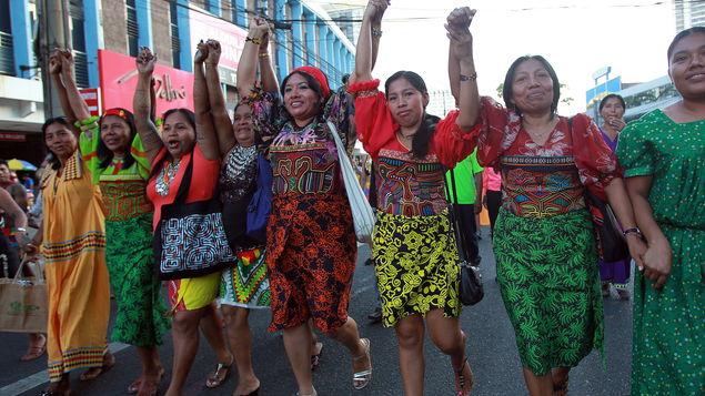 Indígenas panamás